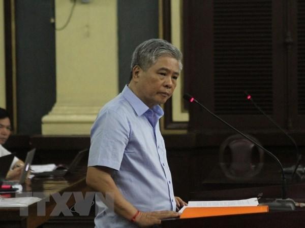 Tribunal reduce sentencia a exgobernador del Banco Estatal de Vietnam hinh anh 1