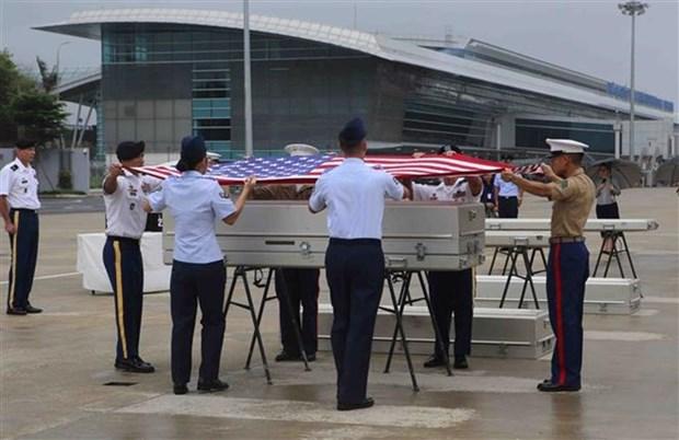 Vietnam entrega a EE.UU. restos de soldados desparecidos durante la guerra hinh anh 1