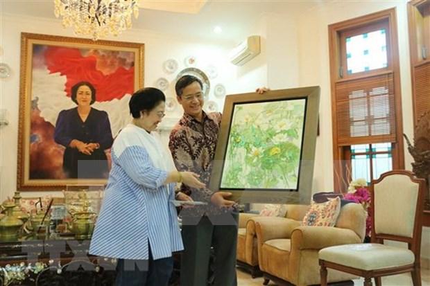 Lider partidista de Indonesia propone fomento de nexos con Vietnam hinh anh 1