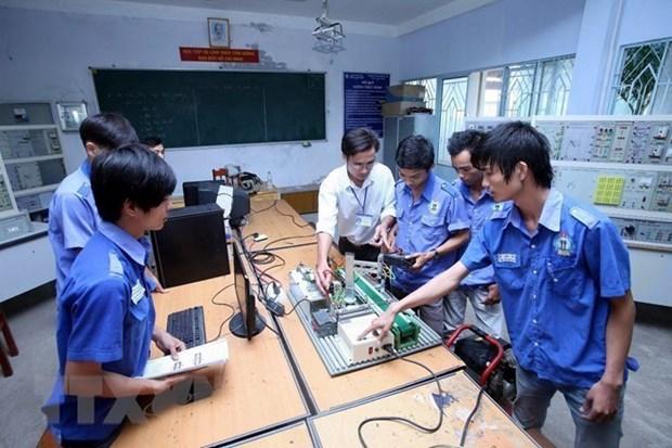 Banco asiatico respalda a Vietnam a mejorar calidad de formacion vocacional hinh anh 1