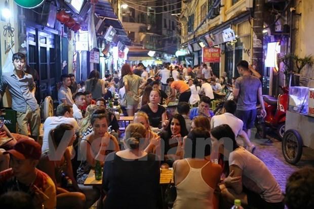 Se preve visita de mas de 26 millones de turistas a Hanoi este ano hinh anh 1