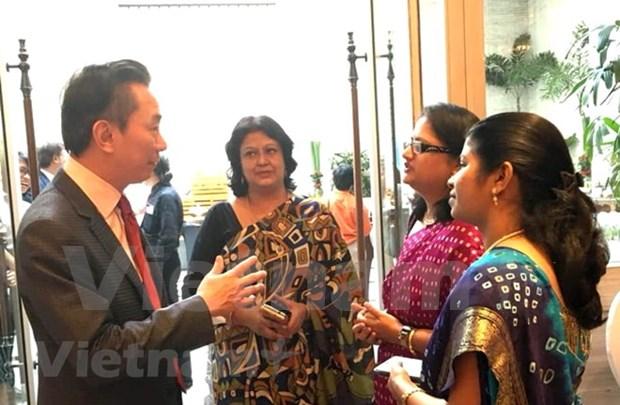 Vietnam dispone de potencialidades para atraer a mayor cantidad de turistas indios hinh anh 1