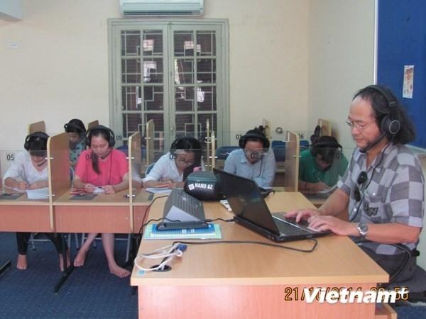Debaten en Ciudad Ho Chi Minh renovacion de metodos de ensenanza de lenguas extranjeras hinh anh 1