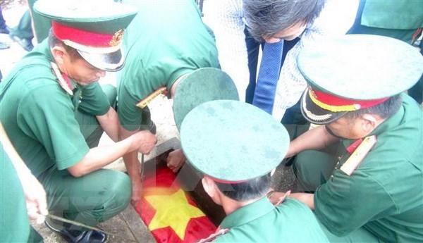 Rinden homenaje postumo a internacionalistas vietnamitas caidos en Laos hinh anh 1