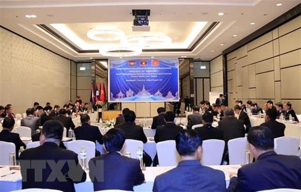 Tribunales populares supremos de Vietnam, Laos y Camboya estrechan lazos en sector juridico hinh anh 1