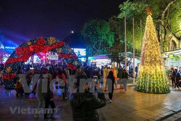 Inauguran en Hanoi fiesta Balade en France 2018 hinh anh 1