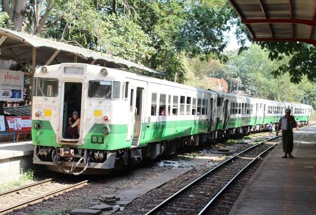 Myanmar invitara a inversores a participar en licitacion por mejorar linea ferroviaria Rangun-Pyay hinh anh 1