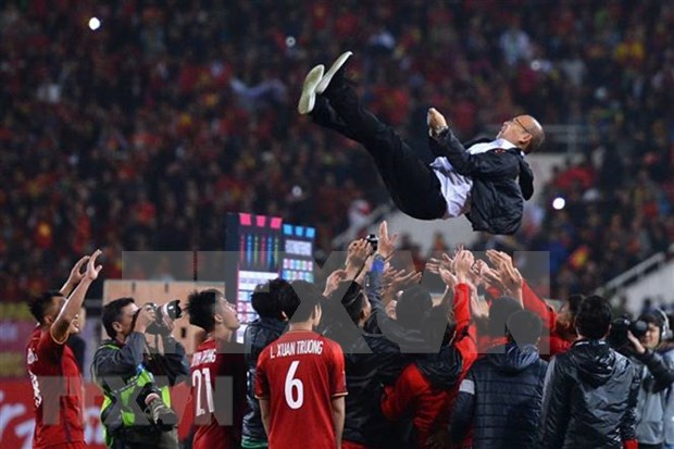 "Entrenador Park Hang-seo, ""heroe"" proclamado por la prensa sudcoreana hinh anh 1"