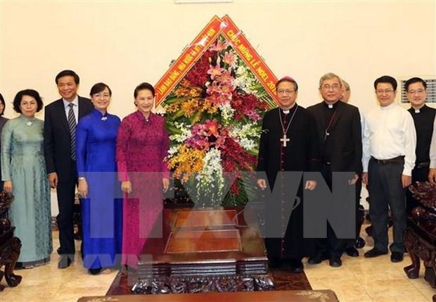 Dirigente parlamentaria de Vietnam felicita a comunidad catolica en ocasion de Navidad hinh anh 1