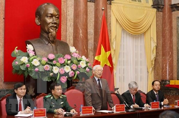Maximo dirigente politico de Vietnam se reune con patriarcas destacados hinh anh 1