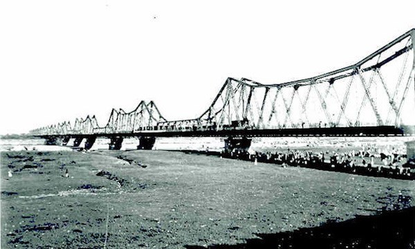 Hanoi busca medidas para preservar el puente Long Bien hinh anh 1