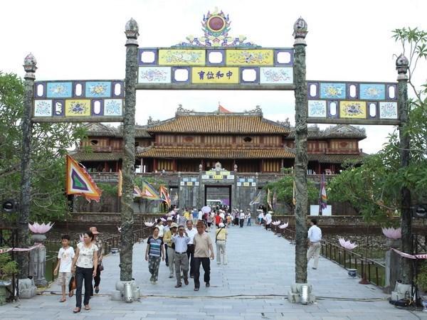Antigua capital imperial vietnamita entre cinco destinos para viajar en Sudeste de Asia hinh anh 1