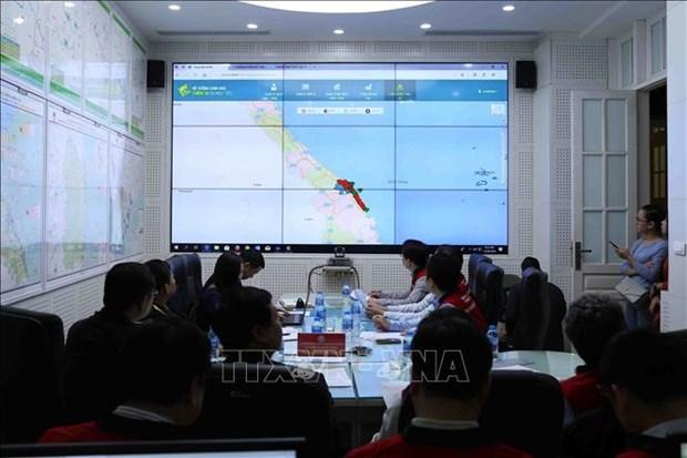 Efectuan en localidades vietnamitas ensayo de sistema de alerta en situacion de tsunami hinh anh 1