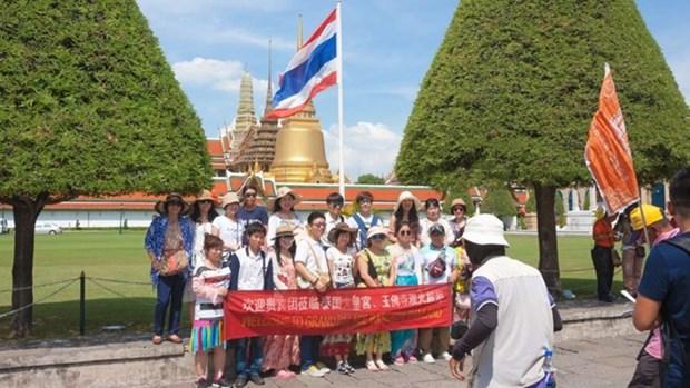 Tailandia se aproxima a la meta de recibir 35 millones de turistas extranjeros en 2018 hinh anh 1