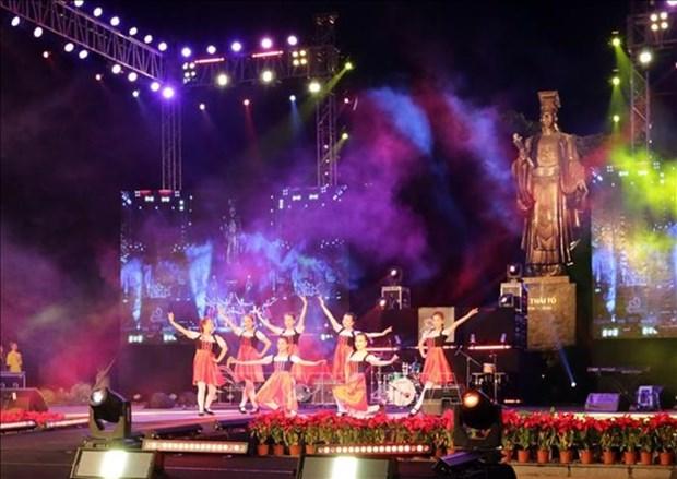 Hanoi dara la bienvenida a 2019 con diversas festividades culturales hinh anh 1