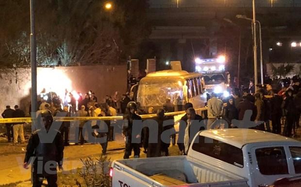 Vietnam condena ataque terrorista que deja tres vietnamitas muertos en Egipto hinh anh 1