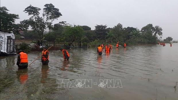 Tres personas en provincia vietnamita fallecen por deslizamiento de tierra hinh anh 1