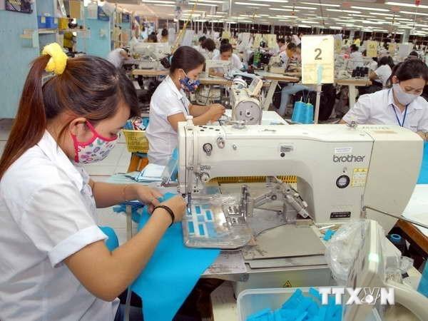Vietnam invirtio 432 millones de dolares en el extranjero en 2018 hinh anh 1