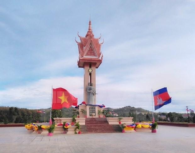Inauguran en Camboya Monumento de Amistad con Vietnam hinh anh 1