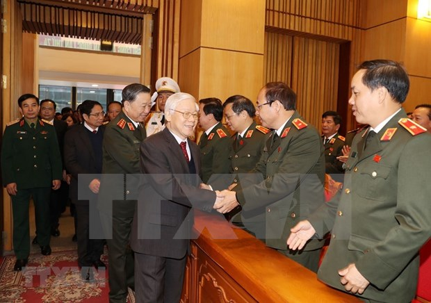 Maximo dirigente vietnamita reconoce papel de policia nacional en asuntos globales hinh anh 1