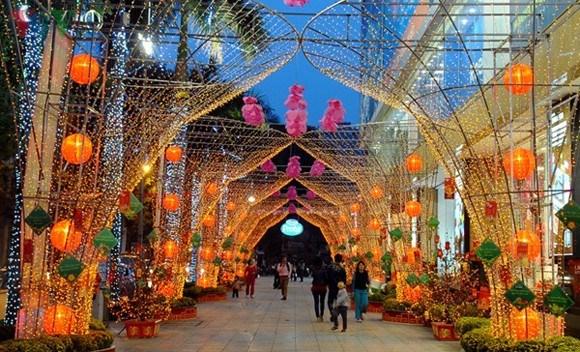 Hanoi celebra diversas actividades culturales y artisticas en ocasion del Tet hinh anh 1