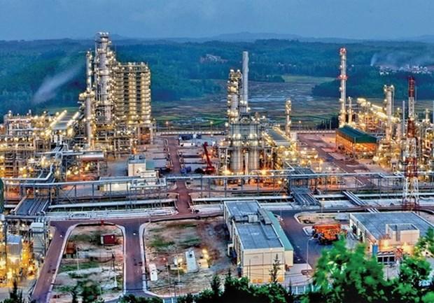 Refineria Dung Quat de Vietnam recibe cargamento de petroleo crudo numero 800 hinh anh 1
