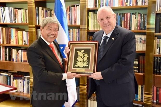 Presidente de Israel reitera importancia que concede su pais a nexos con Vietnam hinh anh 1