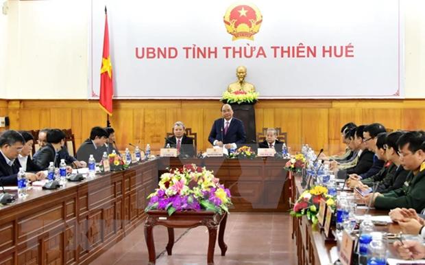 Premier vietnamita pide garantizar Tet feliz para pobres hinh anh 1
