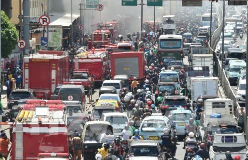 Indonesia sufre perdidas millonarias por congestion de trafico en Yakarta hinh anh 1