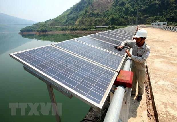 Inician construccion de dos plantas fotovoltaicas en provincia vietnamita hinh anh 1