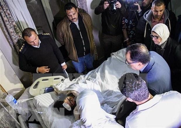 Regresaran al pais ultimos turistas vietnamitas victimas del atentado en Egipto hinh anh 1