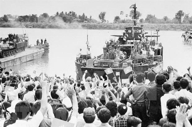 Destacan nexos Vietnam - Camboya tras 40 anos de derrocamiento de regimen genocida de Pol Pol hinh anh 1