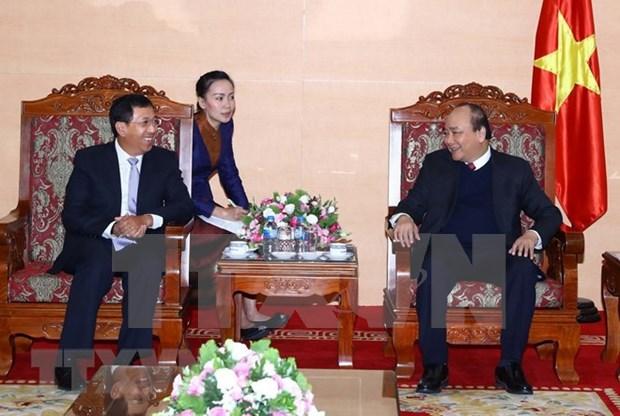 Premier vietnamita recibe a gobernador del Banco de Laos hinh anh 1