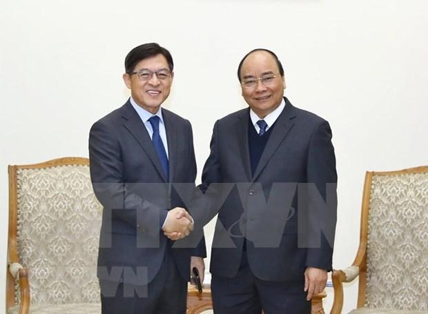 Vietnam es un destino estrategico global de Samsung, afirma su presidente hinh anh 1