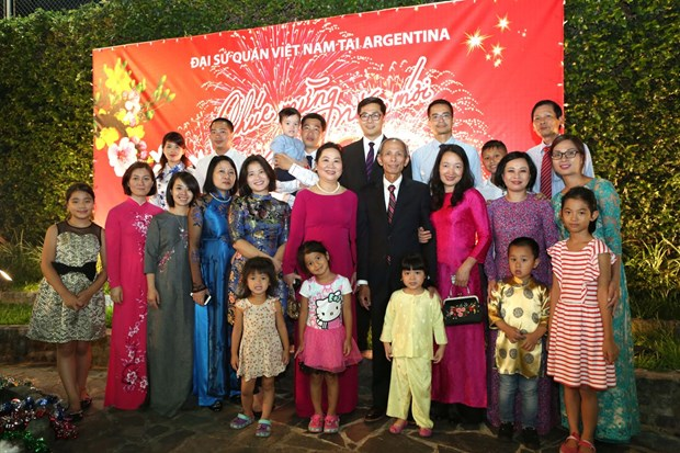Vietnamitas en Argentina celebran fiesta del Ano Nuevo Lunar 2019 hinh anh 3
