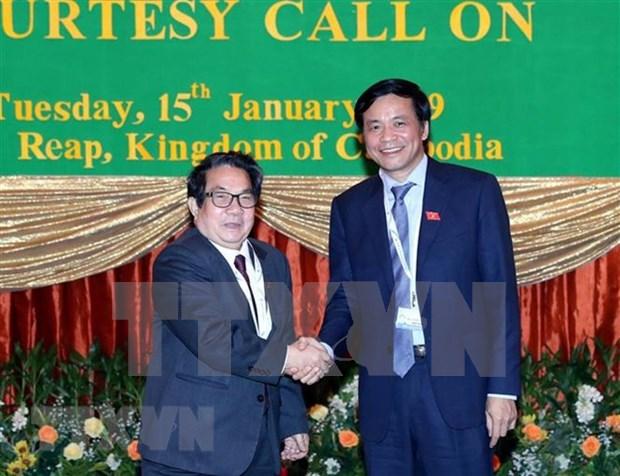Solicita Camboya ayuda de Vietnam en capacitacion de personal informatico hinh anh 1