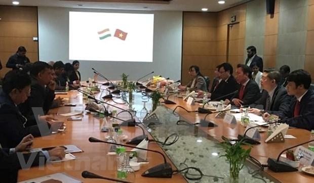 Participan empresas vietnamitas en la feria internacional Indus Food hinh anh 1