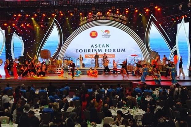 Inauguran Foro de Turismo de ASEAN 2019 en provincia vietnamita de Quang Ninh hinh anh 1