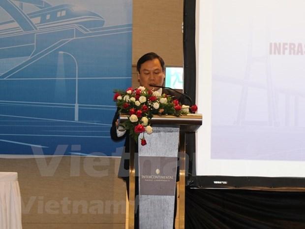 Intercambian en Vietnam experiencias sobre gestion de recursos para desarrollo infraestructural hinh anh 1