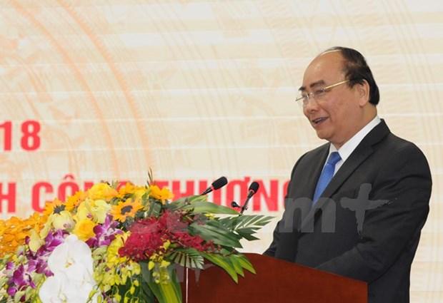 Subraya premier de Vietnam papel de comercio en fortalecimiento de economia nacional hinh anh 1