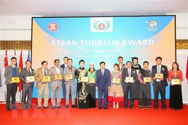 Concluye Foro de Turismo de la ASEAN en Vietnam hinh anh 1