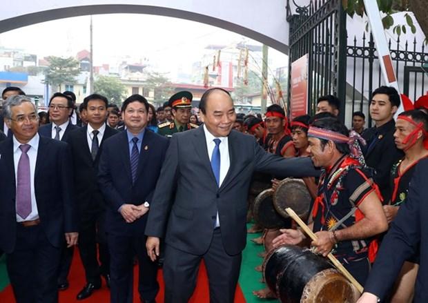 Ginseng Ngoc Linh debe marcar un hito en la industria farmaceutica de Vietnam, expreso Premier hinh anh 1