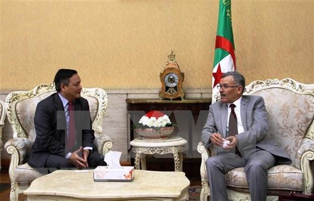 Presentan Grupo Parlamentario de Amistad Argelia-Vietnam hinh anh 1
