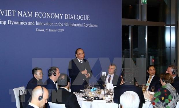 Vietnam es el mejor cobijo para inversores en un mundo de vaivenes, afirma su Premier hinh anh 1