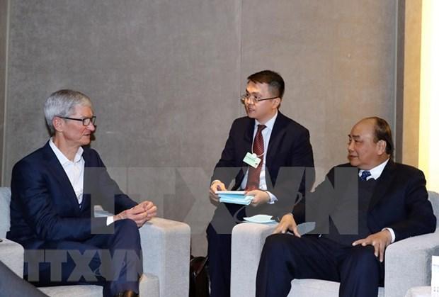 Recibe primer ministro vietnamita a ejecutivos de grupos multinacionales en Davos hinh anh 1