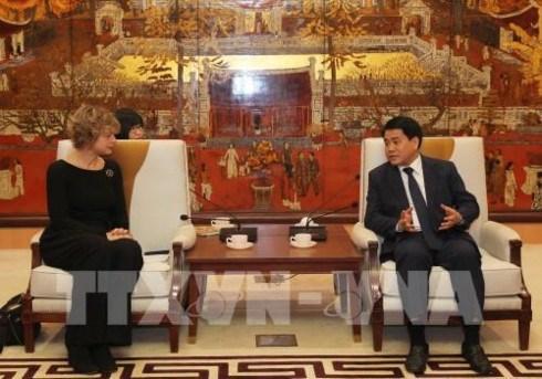 Hanoi impulsa cooperacion con Paises Bajos en tratamiento de residuos hinh anh 1