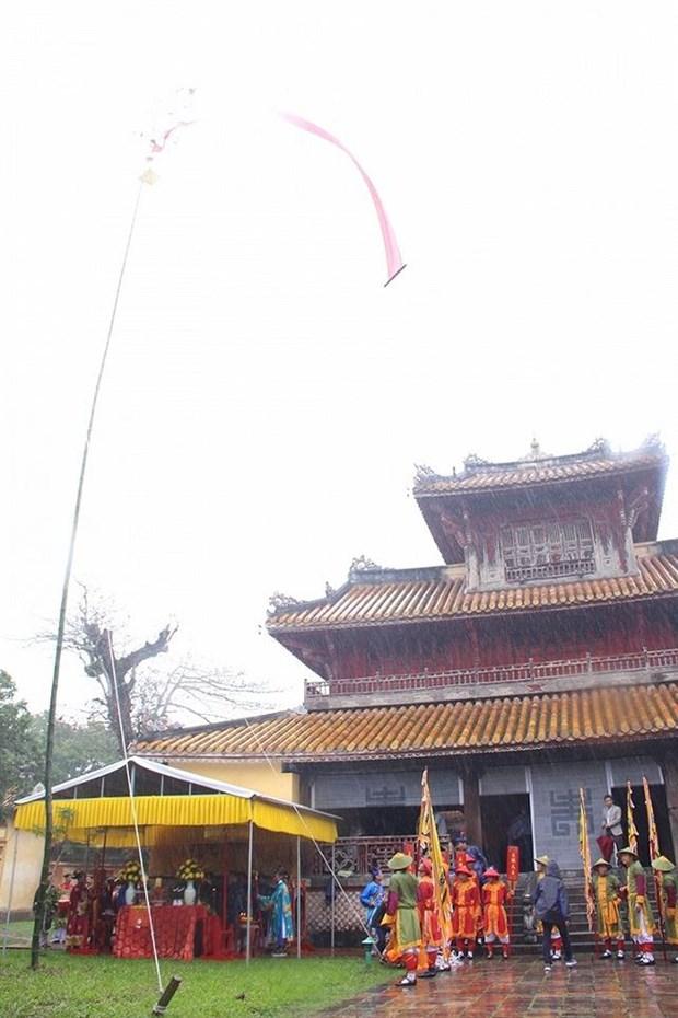 Rito milenario en otrora capital de Vietnam marca comienzo del Tet hinh anh 1