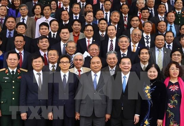 Felicita Premier de Vietnam a intelectuales nacionales en ocasion de Ano Nuevo Lunar hinh anh 1