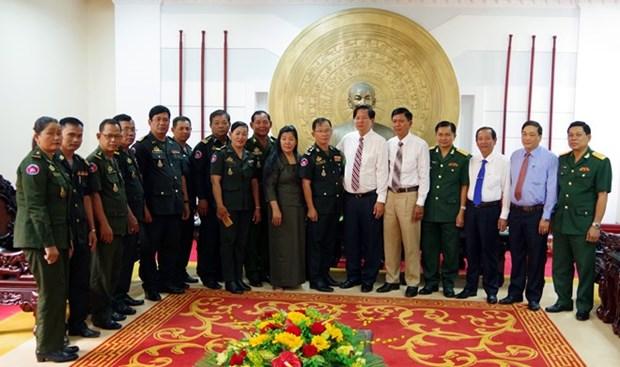 Visita delegacion camboyana la provincia vietnamita de Soc Trang en ocasion del Tet hinh anh 1