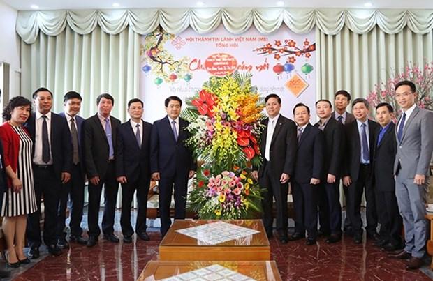 Autoridades de Hanoi visitan Iglesia Evangelica de Vietnam (Norte) con motivo del Tet hinh anh 1